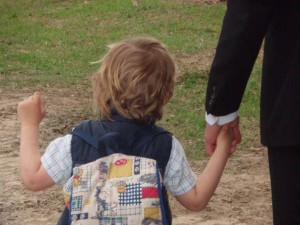 бывший муж угрожает забрать ребенка